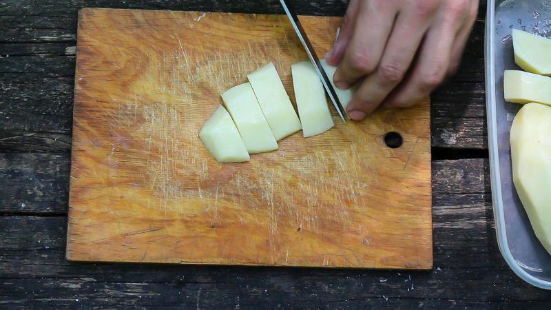 нарезаем картофель фото