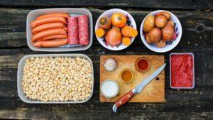 Ингредиенты Тушеная фасоль с колбасками