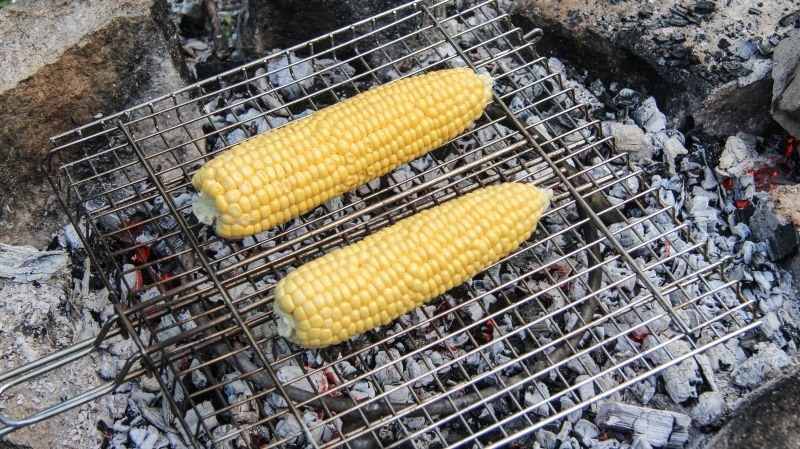 кукуруза на углях